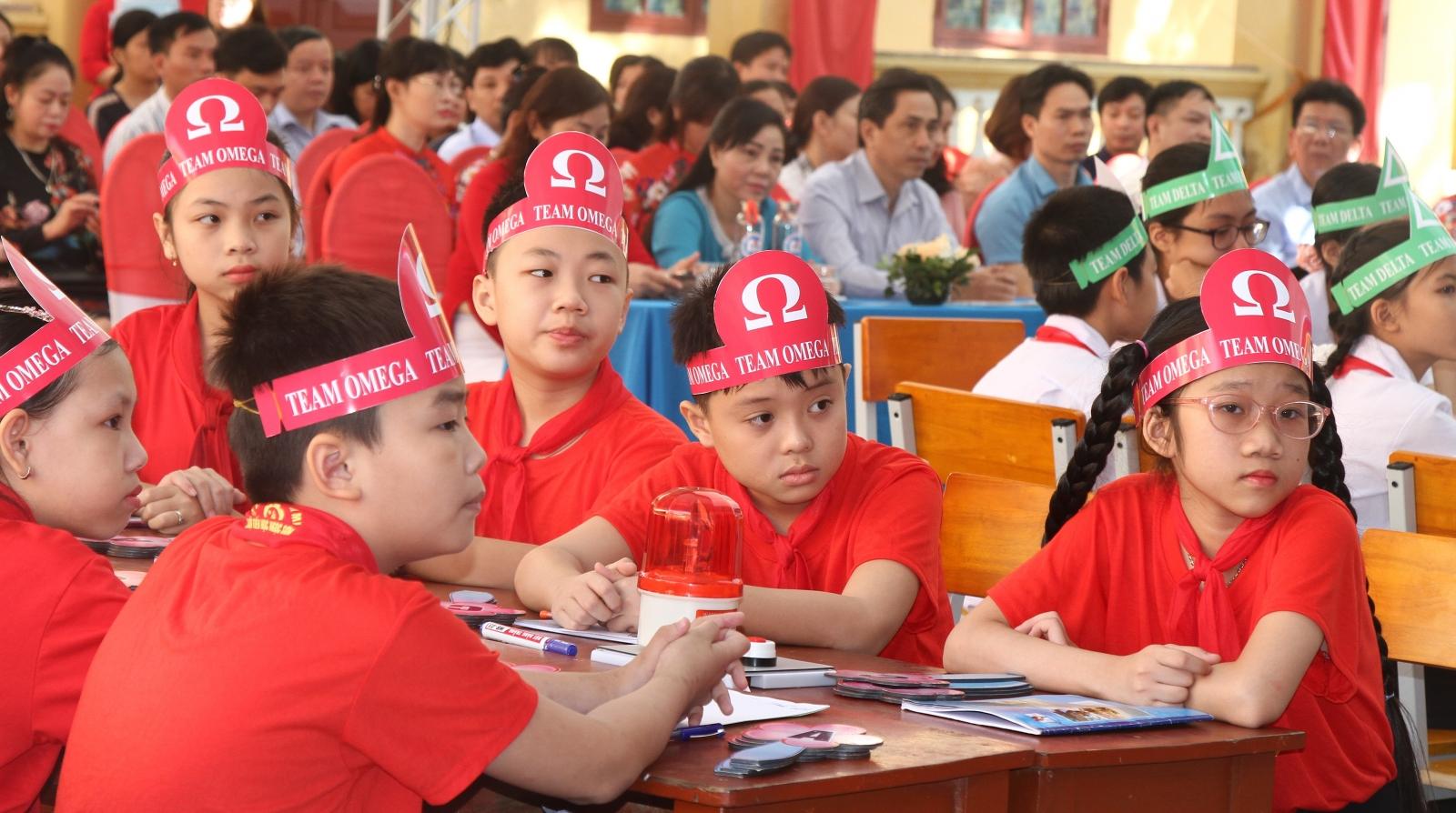 Học sinh Hải Phòng sôi nổi, hào hứng với giờ học môn Toán bằng tiếng Anh