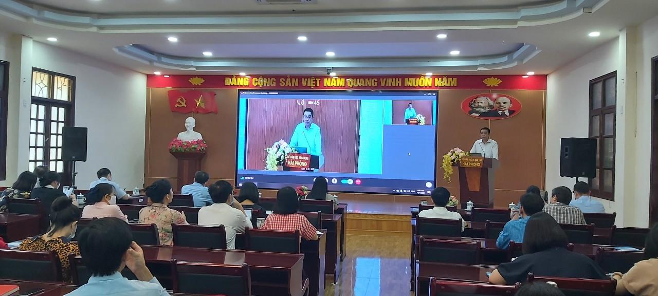 """<a href=""""/tin-tuc-su-kien/so-gddt-hoi-nghi-tap-huan-truc-tuyen-ve-cong-tac-phap-che-cong-tac-bao-ve-bi-ma/ct/10/240"""">Sở GD&ĐT: Hội nghị tập huấn trực tuyến về công<span class=bacham>...</span></a>"""